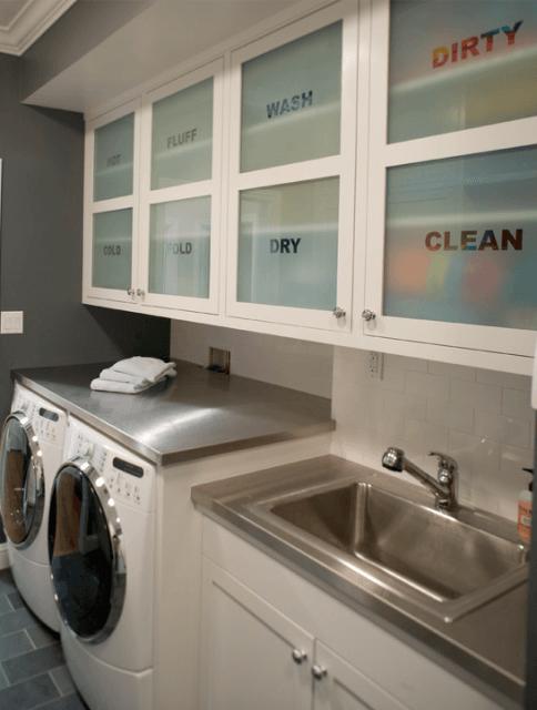 Lavanderia com despensa