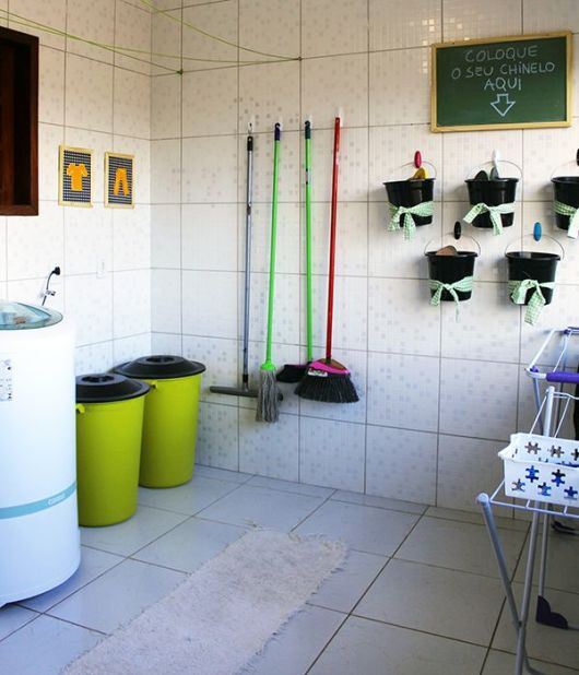 Organização área de serviço simples