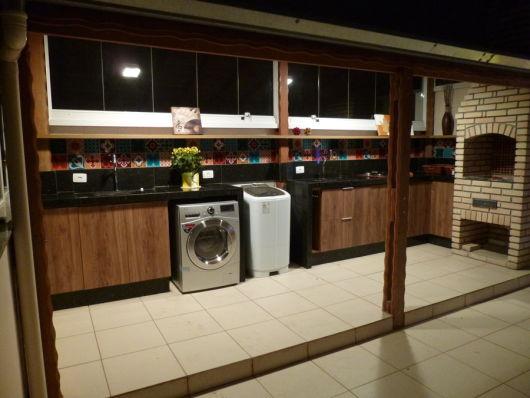 Edícula com churrasqueira e lavanderia