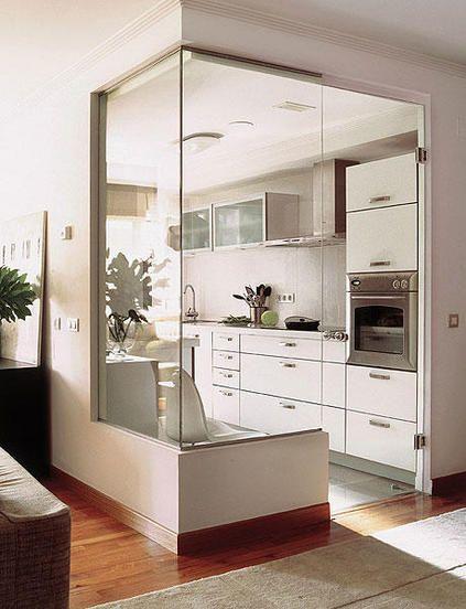 parede de vidro cozinha pequena