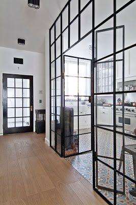 parede de vidro em cozinha