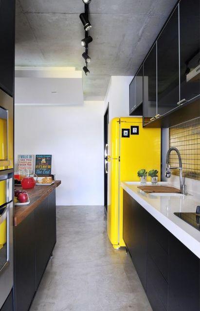 Geladeira amarela decoração