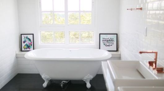 quadros para banheiro divertidos