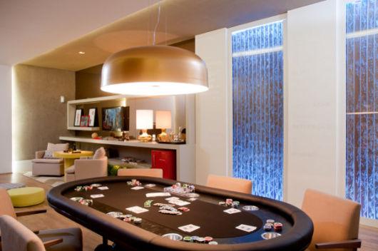 sala de jogos simples mesa de cartas