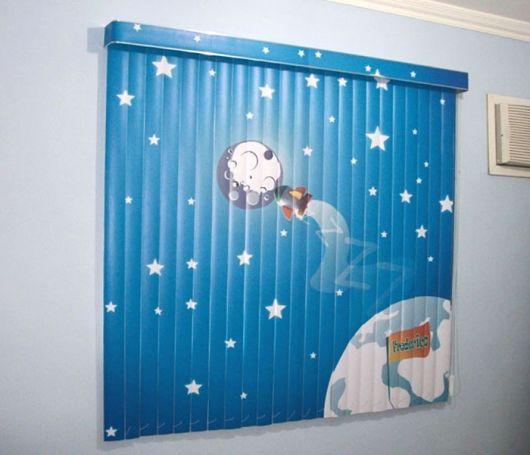 Cortinas para Quarto de Bebê persiana azul com estampa