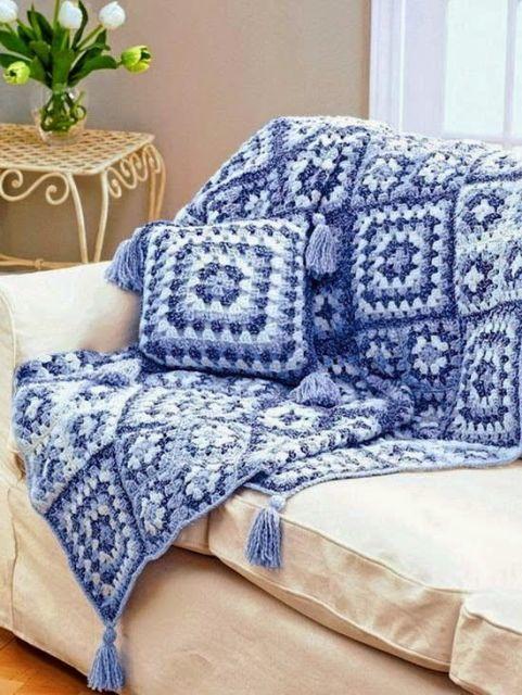 Almofadas de croch 72 modelos gr ficos e receitas for Manta no sofa como usar