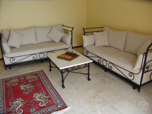 arte em ferro sofá