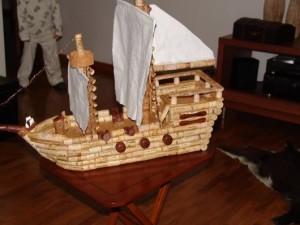 artesanato com rolhas barco de mesa