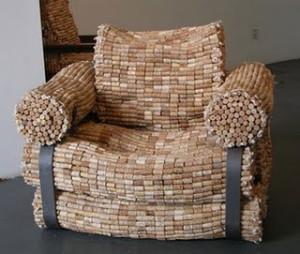 sofá de artesanato com rolhas