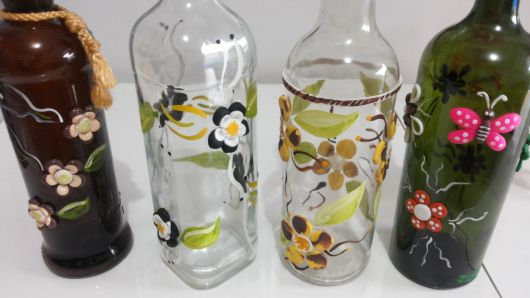 artesanato em garrafa de vidro BISCUIT FLORES