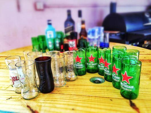 artesanato em garrafa de vidro copos