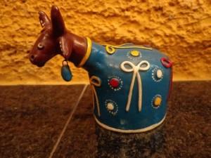 artesanato nordestino boi de argila