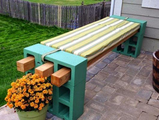 bancos de jardim com blocos