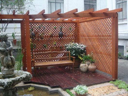bancos de jardim com pergolado chique