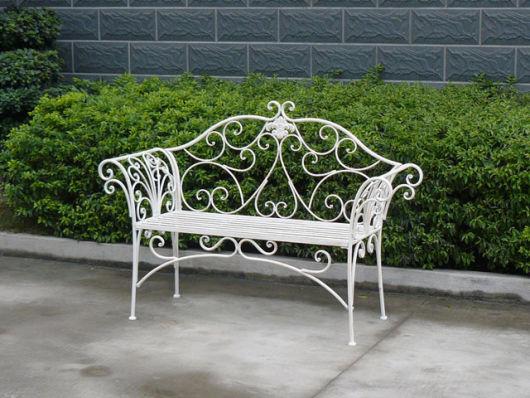 bancos de jardim de ferro branco