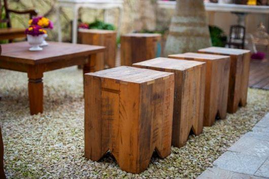 bancos de jardim pequenos