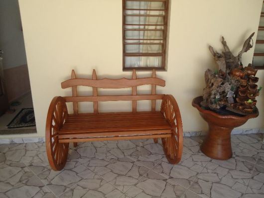 bancos de jardim roda de carroça