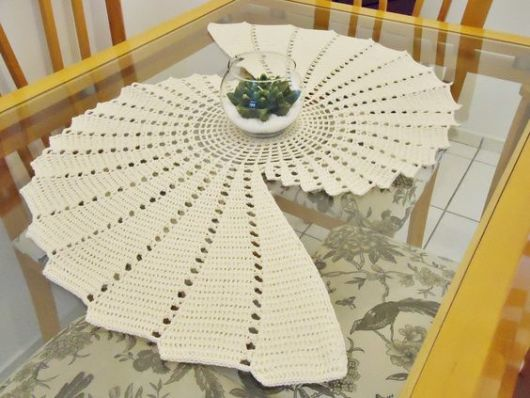 Caminhos de mesa de crochê: modelos com gráficos e receitas!
