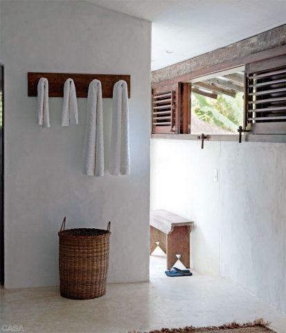 cimento queimado branco banheiro sítio