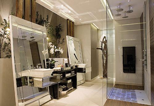 closet com banheiro diferente