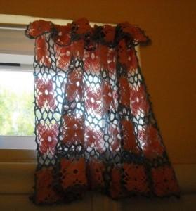 cortina para janela de banheiro de crochê com flores