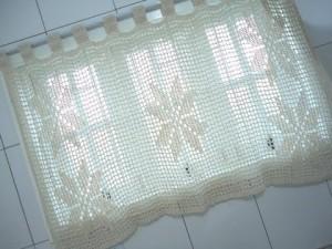 como decorar banheiro com cortina para janela de banheiro