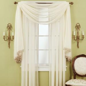cortina para janela de banheiro estilosa