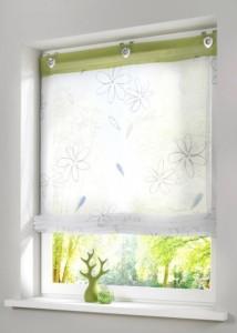 como usar cortina para janela de banheiro