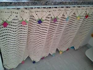 cortina de pia de crochê