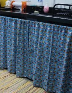 cortina de pia de plástico colorida