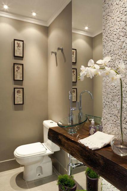 parede de pedra lavabo
