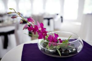 jarros com decoração com orquídea