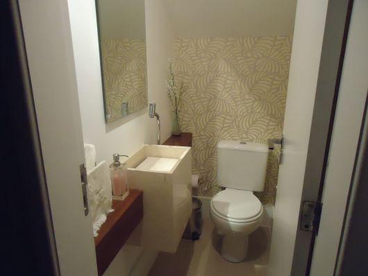 banheiro social embaixo escada