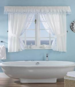 cortina para janela de banheiro transparente