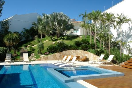 jardinagem área da piscina
