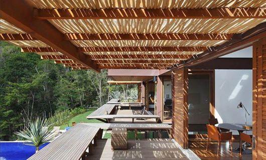 pergolado de bambu varanda