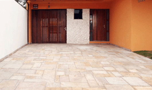 piso de pedra