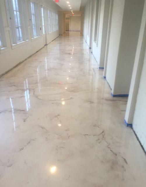 piso estilo mármore