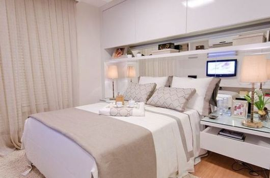 decoração branco e bege quarto