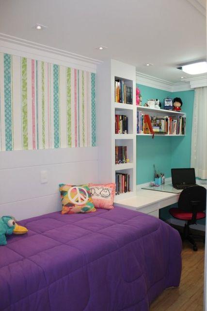 quarto com escrivaninha