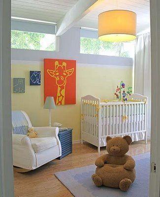 quarto de bebê amarelo com azul cor pastel