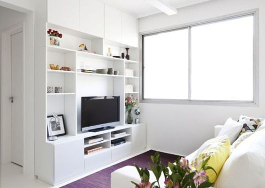 sala pequena branca