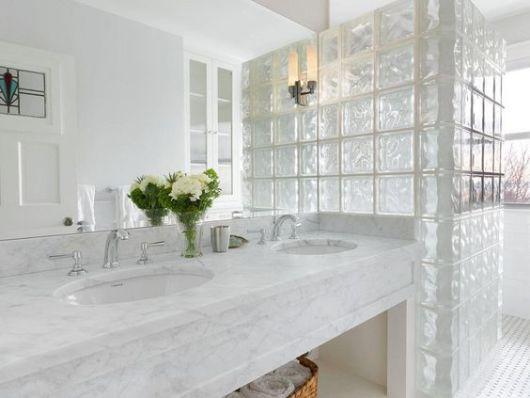 Tijolo de Vidro 70 Tipos, Preços e como usar na Decoração! -> Banheiro Decorado Com Bloco De Vidro
