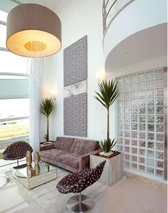 sofá marrom decoração