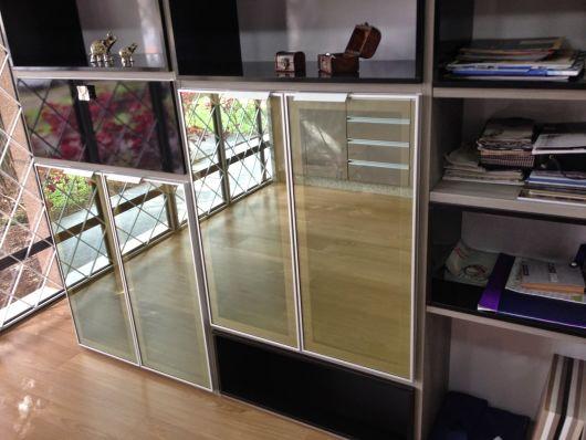 vidro reflecta cor bronze armário