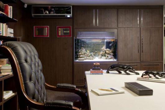 Decoração de Escritório de Advocacia aquário embutido