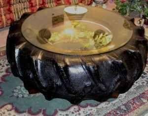 mesa de centro de pneu de trator