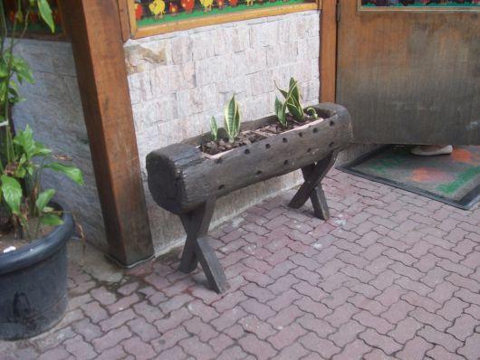 decoração tronco de madeira