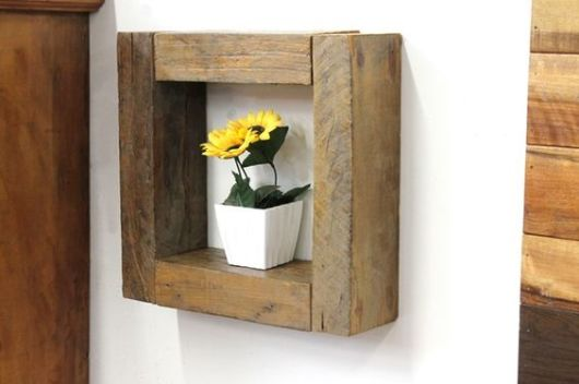 nicho de madeira