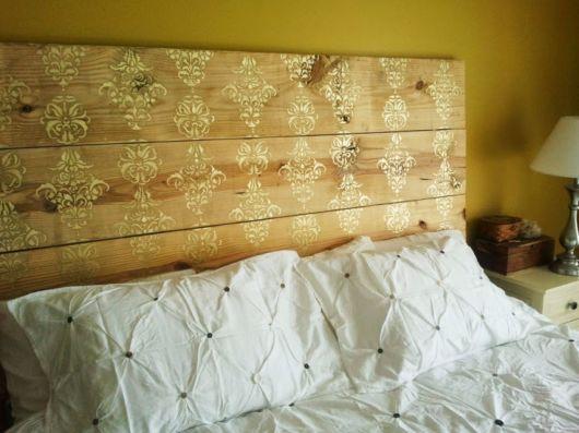cabeceira de madeira reciclada